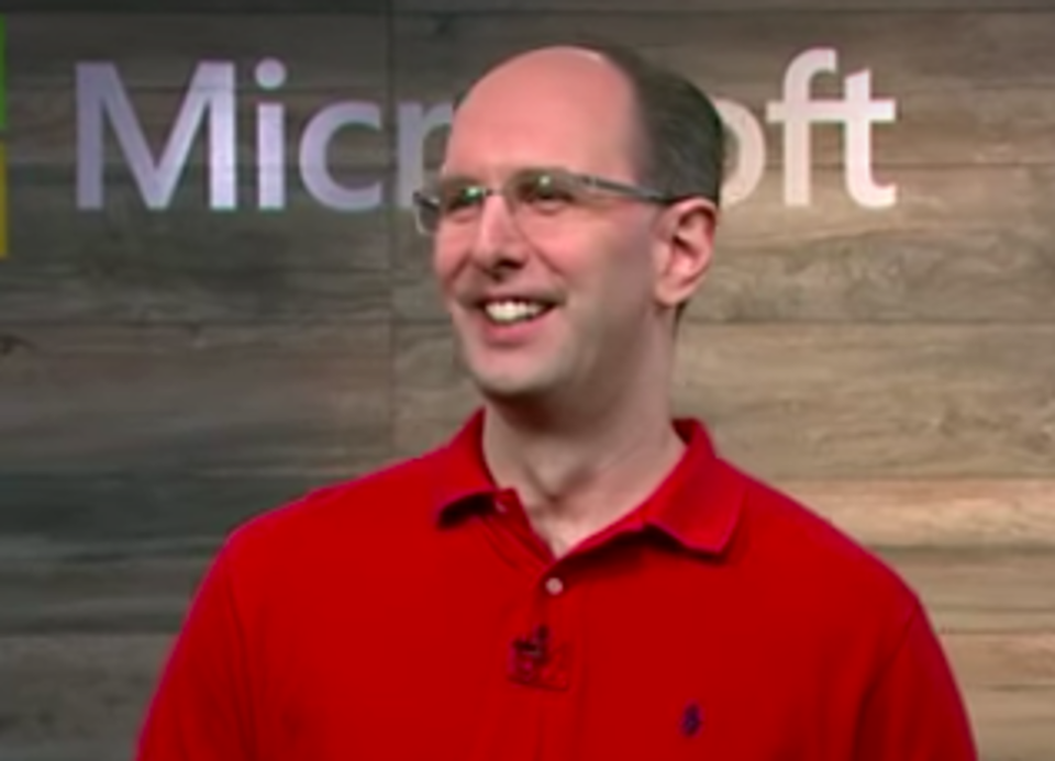 Microsoft Intensifies Focus On White-Hot Hybrid Cloud Market